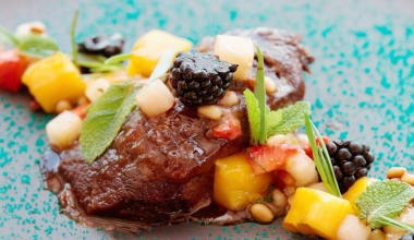 Carne di vitello e frutta: un abbinamento strepitoso!
